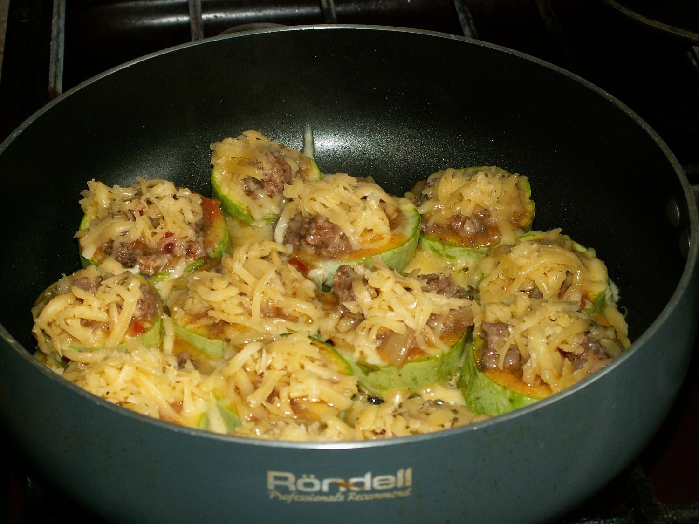 Как сделать кабачок с фаршем на сковороде 326