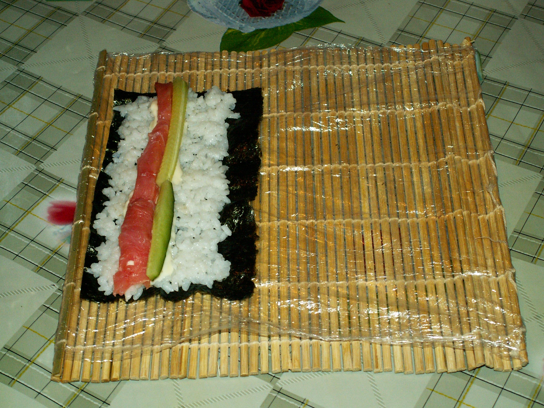 Как сделать суши в домашних условиях фото без коврика