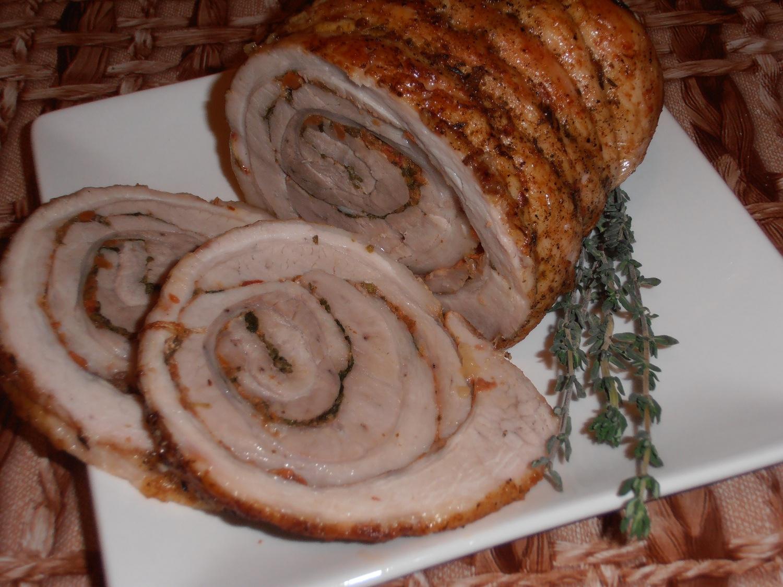 как приготовить вареный свиной рулет дома?